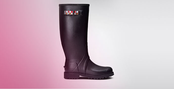 A pair of Quins Hunter Wellies (available in sizes 9-12)